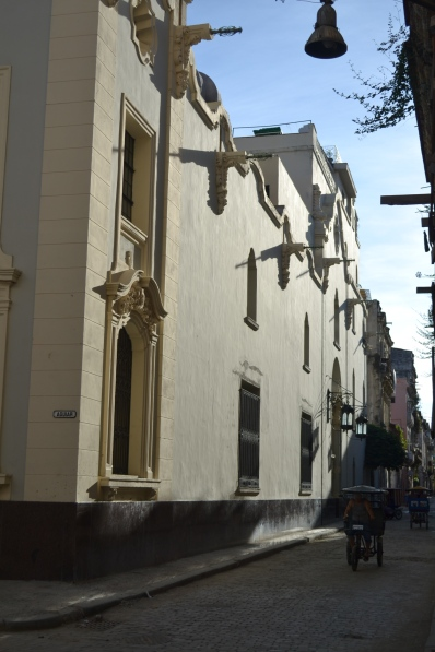 Long afternoon shadows create wonderful alleyway photographs