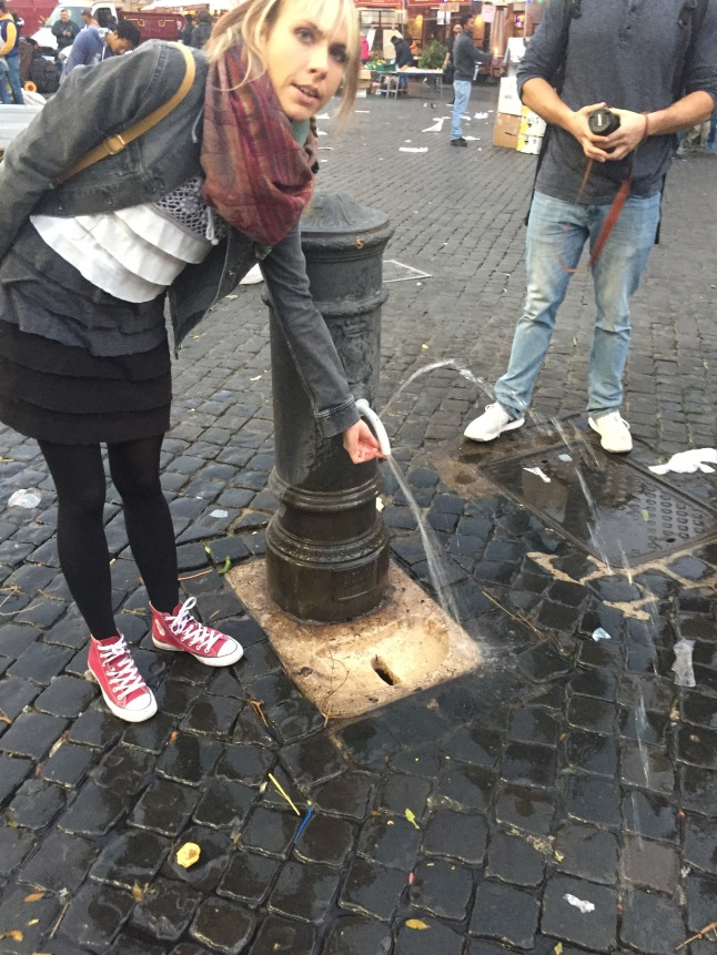 How to drink the fresh water in Rome