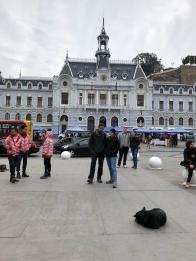 The walking tour starts at Plaza Sotomayor